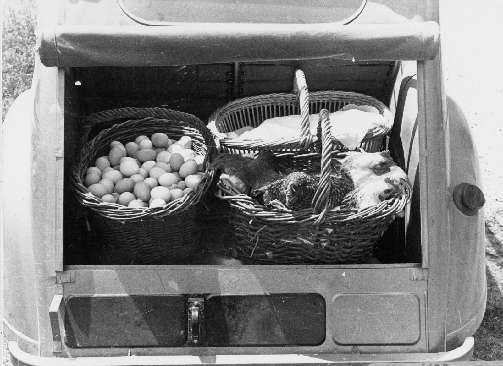 2CV 1948 coffre