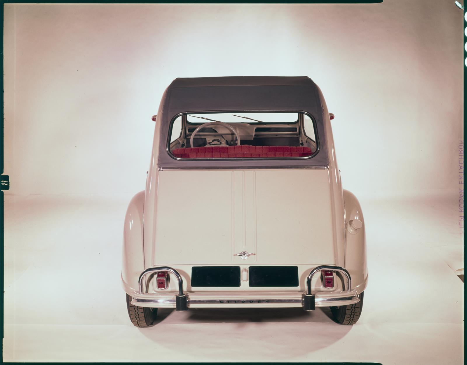 2CV AZAM 1964 arrière