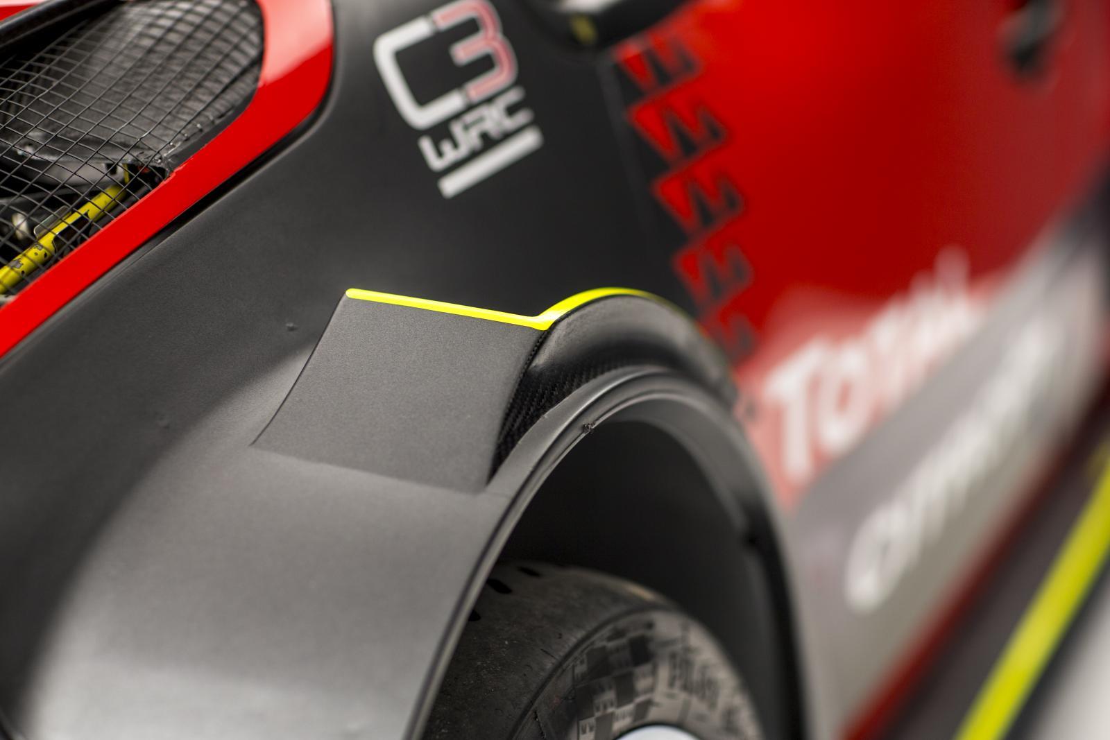C3 WRC - 前方ホイール