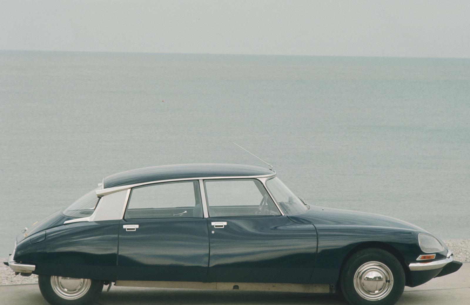 シトロエン DS 21 - 1968年 - 海岸