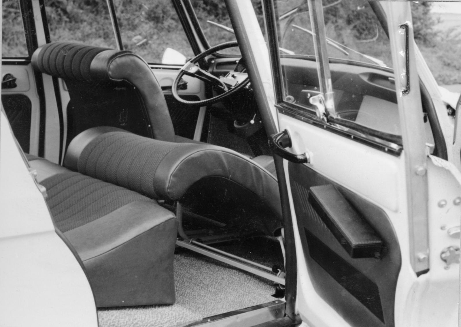 AMI 6 - siège position couchette
