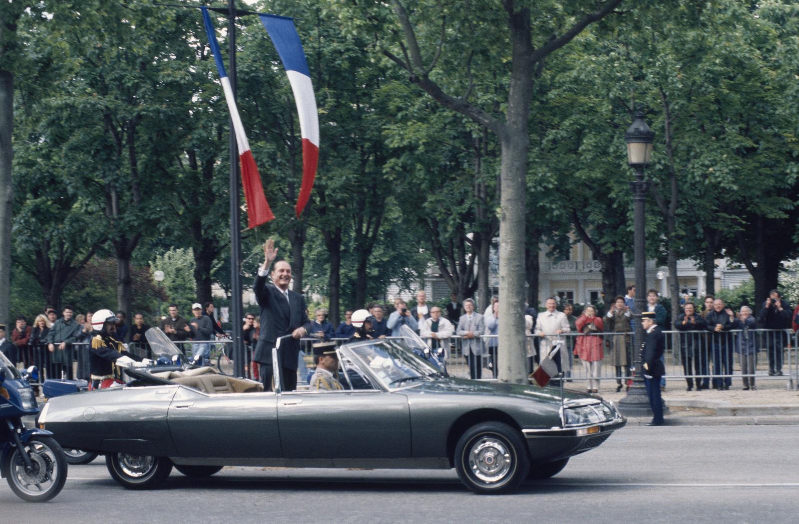 ジャック・シラク大統領を乗せたSM プレジデンシャル - 1995年